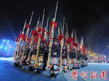 """是采用贵州少数民族传统竹制乐器""""芦笙""""为创作元素.李克 摄-用"""