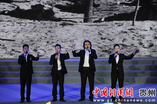 男声小合唱《游击队之歌》