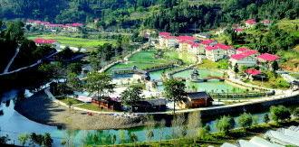 仁怀市五马镇桂花苑生态垂钓园,是该镇特色农旅项目。 蔡海红 摄
