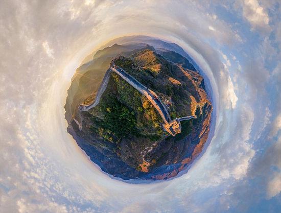 长城的全景图像。 图片来源:环球网
