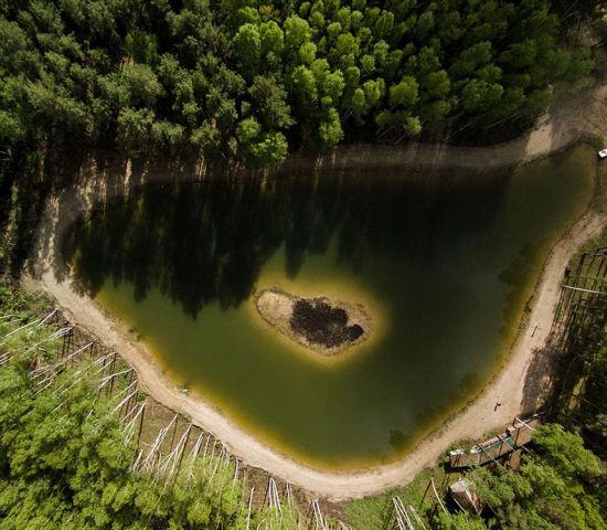 立陶宛的一个湖心小岛。 图片来源:环球网