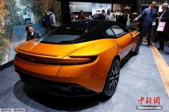 新阿斯顿・马丁DB11正式发布,车身线条平直流线,整车姿态宽大而扁平。