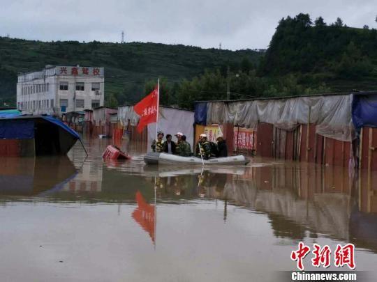电子游戏娱乐城平台:贵州威宁持续降雨导致300余人被困_300多台车被淹