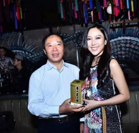 网上娱乐平台大全:茅台呈献:庆香港回归20周年派对