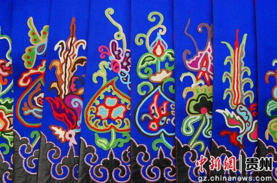 苗族刺绣-2017中国 贵州 国际民间工艺品博览会将在凯里开幕图片