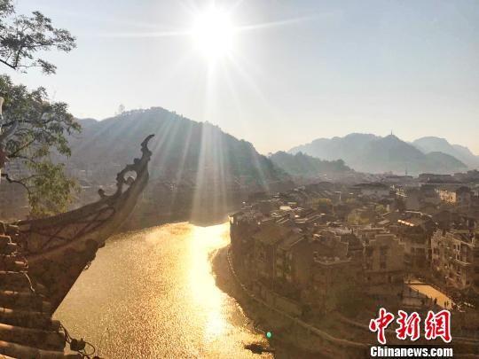 图为贵州镇远古城一隅。
