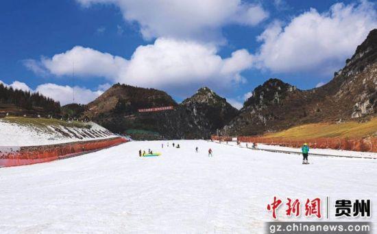 """金沙网上娱乐澳门:2018贵州六盘水滑雪系列活动""""打包""""来袭"""