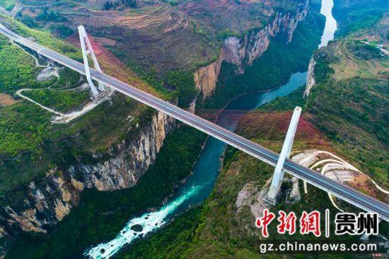 航拍六冲河大桥 徐俊摄