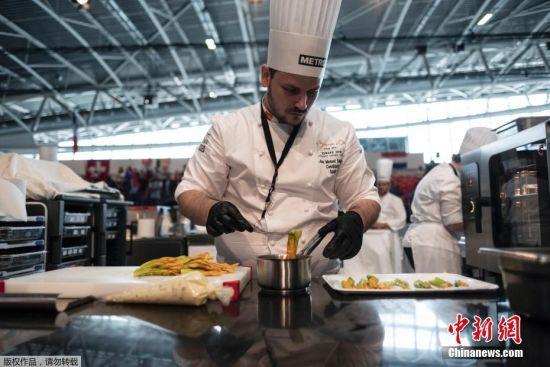 参加博古斯世界烹饪大赛已成为世界顶级厨师的梦想,他们更以参加这样的盛会为自己的最高荣誉。图为欧洲赛区比赛现场。