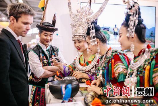 黎平县侗族大歌艺术团亮相德国柏林国际旅游交易会