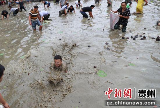 9月24日玉屏皂角坪�⒛聚獯遄ビ恪:�攀学 摄