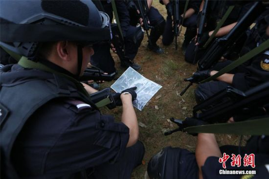 警方进行抓捕部署。观山湖警方供图
