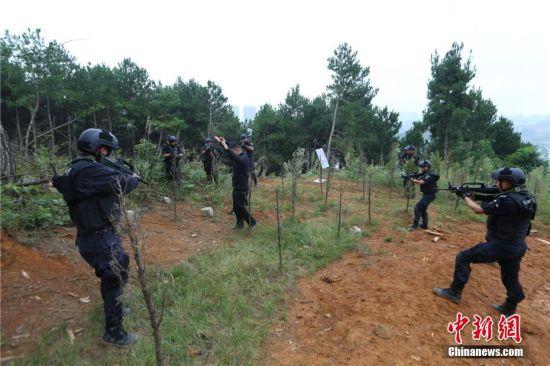 警方锁定目标。观山湖警方供图