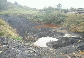 炉山镇大猫山煤矿煤矸石堆场污染严重