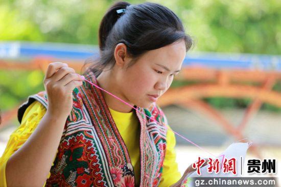 贵州黔西:村小非遗文化代代传