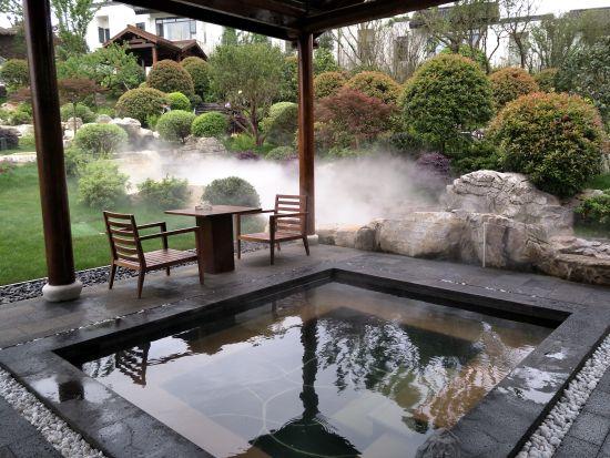 花间池温泉度假区供图
