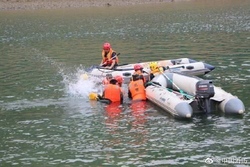 图片来源:中国消防官方微博