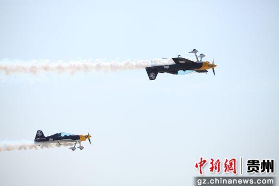 XA-42双机表演。第一通航供图
