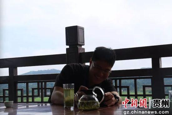 东森新闻云大陆中心记者马叔安拍摄湄潭茶。